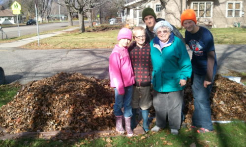 Fall Volunteer Yard Work